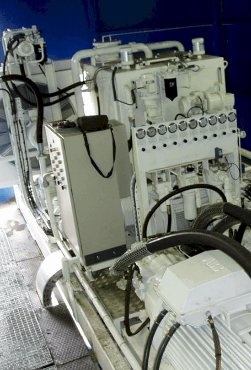 Etude et fabrication d'une centrale hydraulique circuits fermés